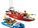 thumbs lego 60005 city fire boat ibrickcity 5 Lego 60005 City – Fire Boat