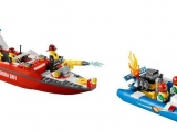 thumbs lego 60005 city fire boat ibrickcity 6 Lego 60005 City – Fire Boat