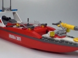 thumbs lego 60005 fire boat city ibrickcity 7 Lego 60005 City – Fire Boat