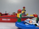 thumbs lego 60005 fire boat city ibrickcity 9 Lego 60005 City – Fire Boat