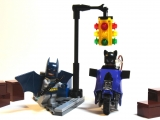 lego-super-heroes-6858-catwoman-catcycle-city-chase-ibrickcity-3