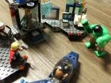 lego-super-heroes-6868-hulk-helicarrier-breakout-ibrickcity-1