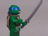 lego-79104-the-shellraiser-street-chase-teenage-mutant-ninja-turtles-ibrickcity-leonardo