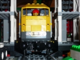 lego-city-7939-cargo-train-ibrickcity-11