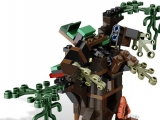 lego-monster-fighters-9463-werewolf-2