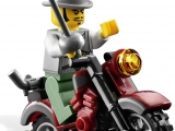 lego-monster-fighters-9464-the-vampyre-hearse-ibrickcity-9
