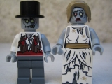lego-monster-fighters-9465-the-zombies-figures