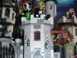 lego-monster-fighters-9468-vampyre-castle-ibrickcity-30
