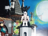 lego-monster-fighters-9468-vampyre-castle-ibrickcity-38