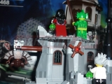 lego-monster-fighters-9468-vampyre-castle-ibrickcity-47