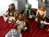 lego-star-wars-9526-palpatine-arrest-ibrickcity-9