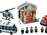 lego-60008-city-museum-break-in-ibrickcity-3