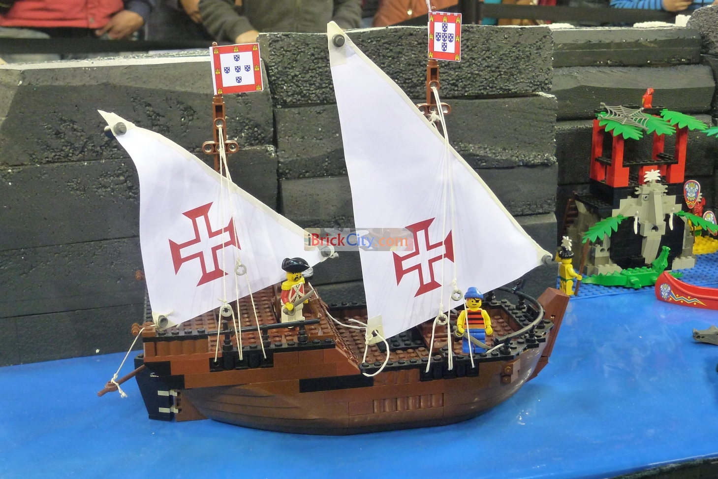 Pin lego 60032 city the lego summer wave in official images on - Ibrickcity Lego Fan Event Lisbon 2012 Pirates Nau