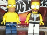 lego-simpsons-mini-figures-homer-simpson-net-flanders-2