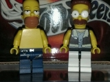 lego-simpsons-mini-figures-homer-simpson-net-flanders
