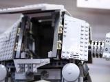 lego-75054-at-at-star-wars-1