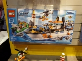lego-60014-city-toy-fair-2013-5