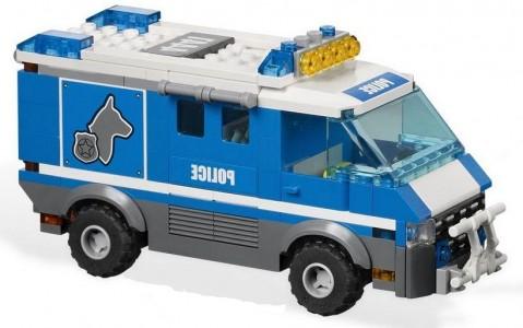 Как сделать из лего полицейский фургон