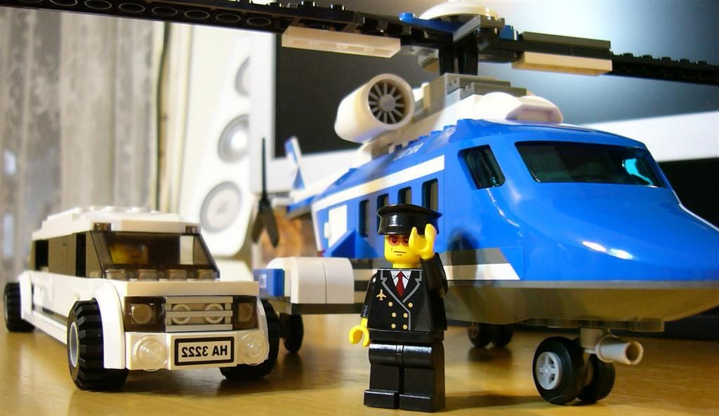 Lego City 3222 Helicopter And Limousine I Brick City