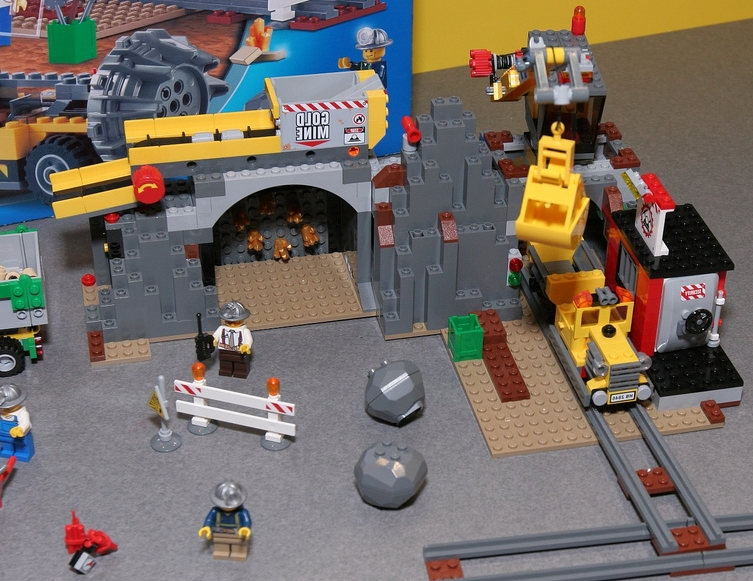 Lego city 4204 the mine lego city 4204 the mine preview