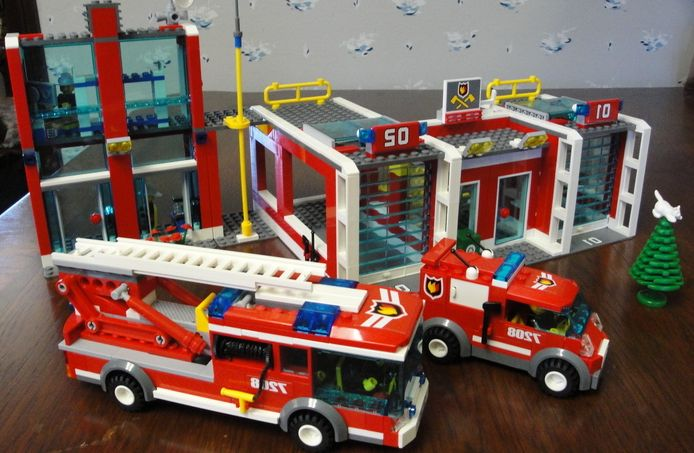 Lego City 7208 Fire Station I Brick City