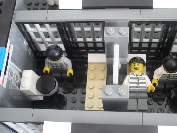 Lego City 7498 Police Station I Brick City