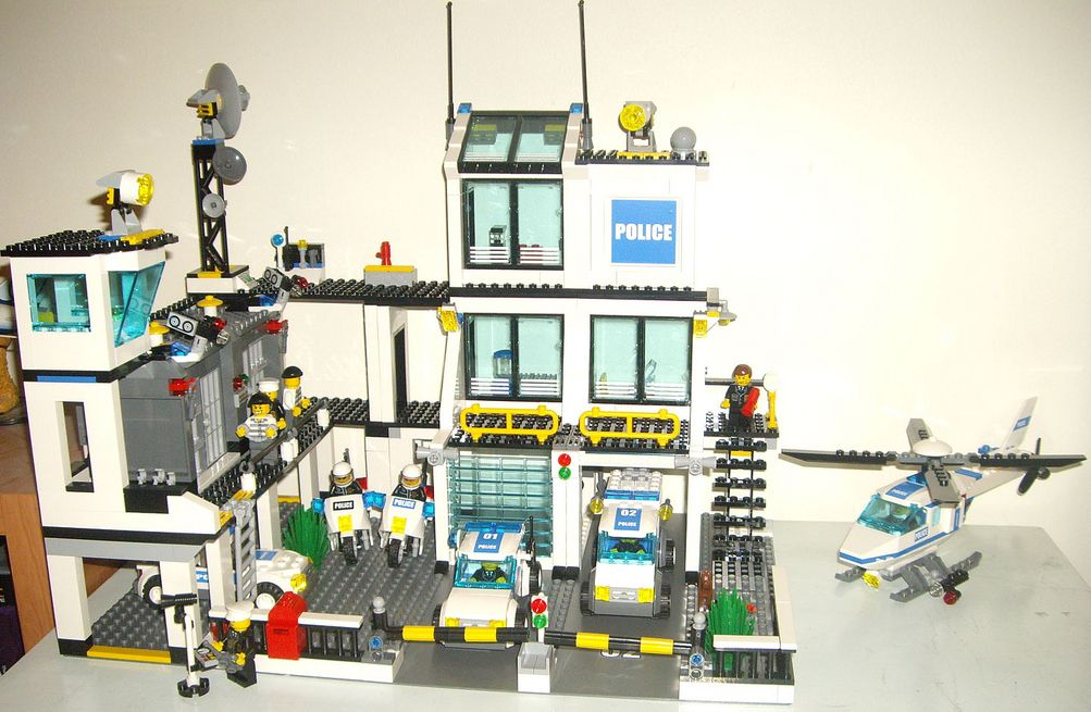 Lego City 7744 Police Headquarters Lego City 7744   Police Headquarters
