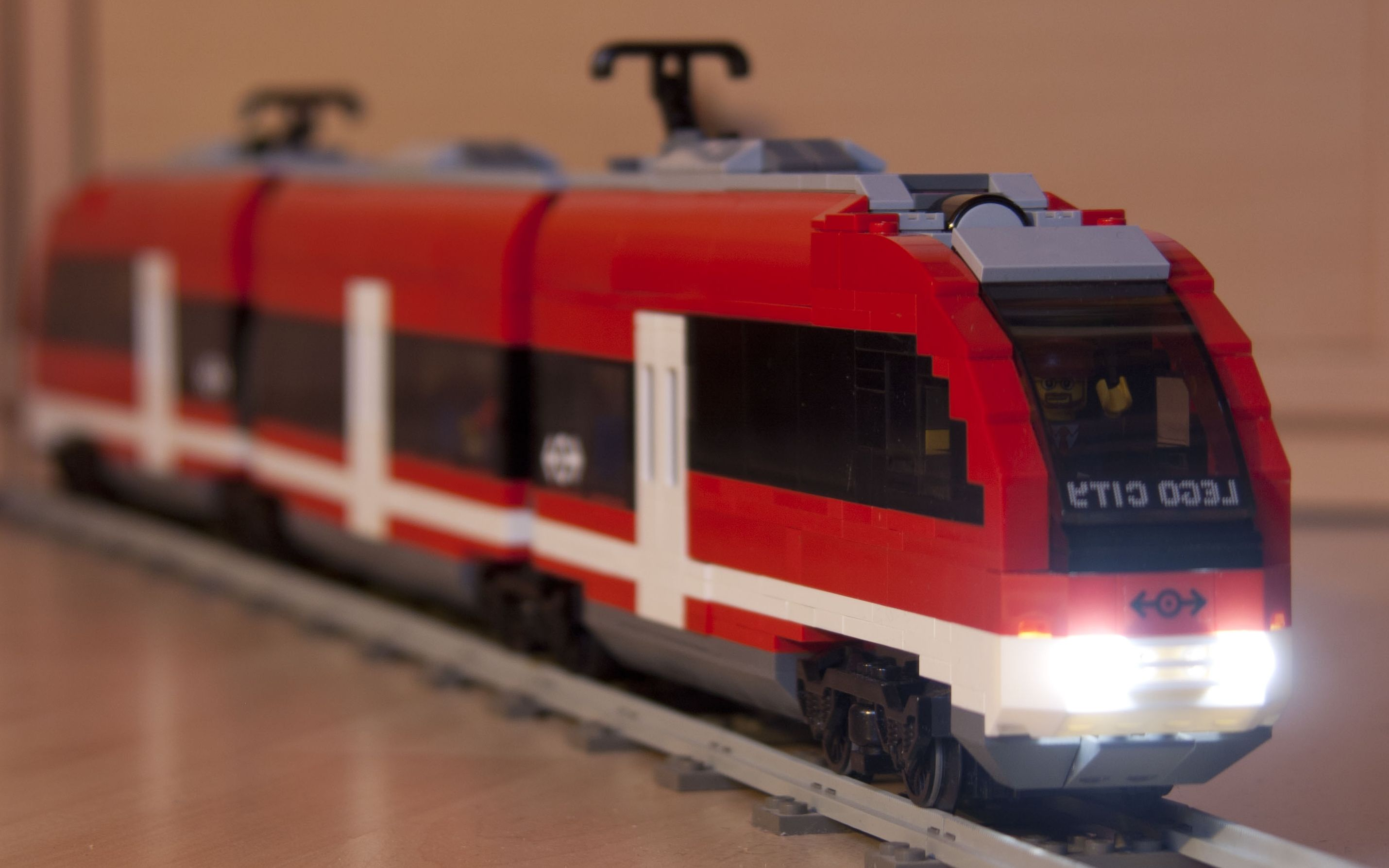 Lego City Passenger Train 7938 Lego City 7938 – Pas...