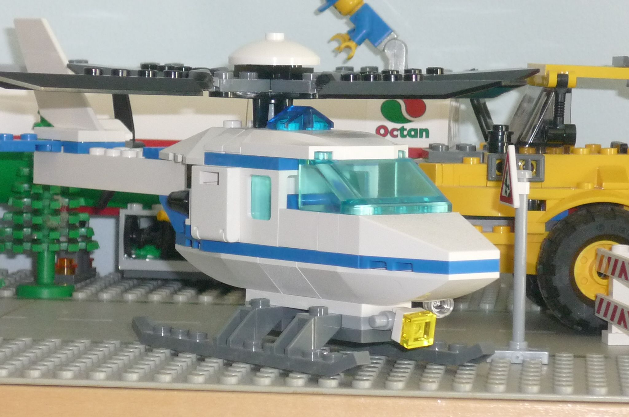 lego city 7741 � police helicopter i brick city