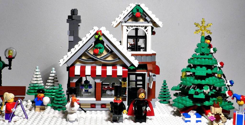 Lego 10199 Winter Village Toy Shop ibrickcity 10 1024x523 Lego 10199   Winter Village Toy Shop