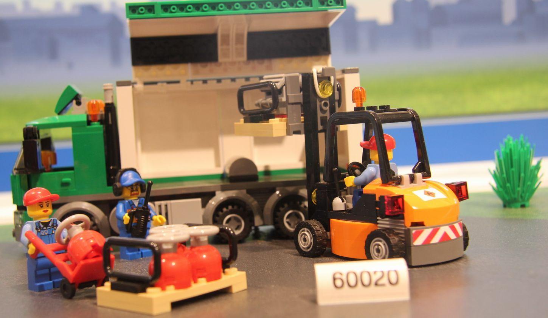lego 60020 � cargo truck i brick city