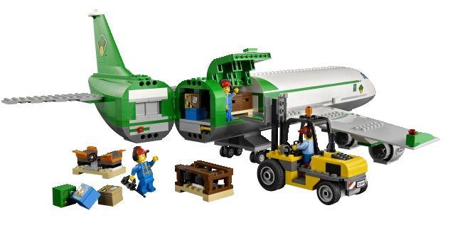 Lego 60022 Cargo Terminal city ibrickcity 7 Lego 60022   Cargo Terminal  updated