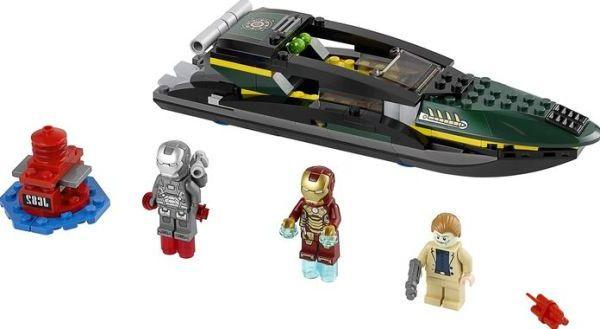Lego 76006 iron man extremis sea port battle i brick city - Lego iron man extremis sea port battle ...