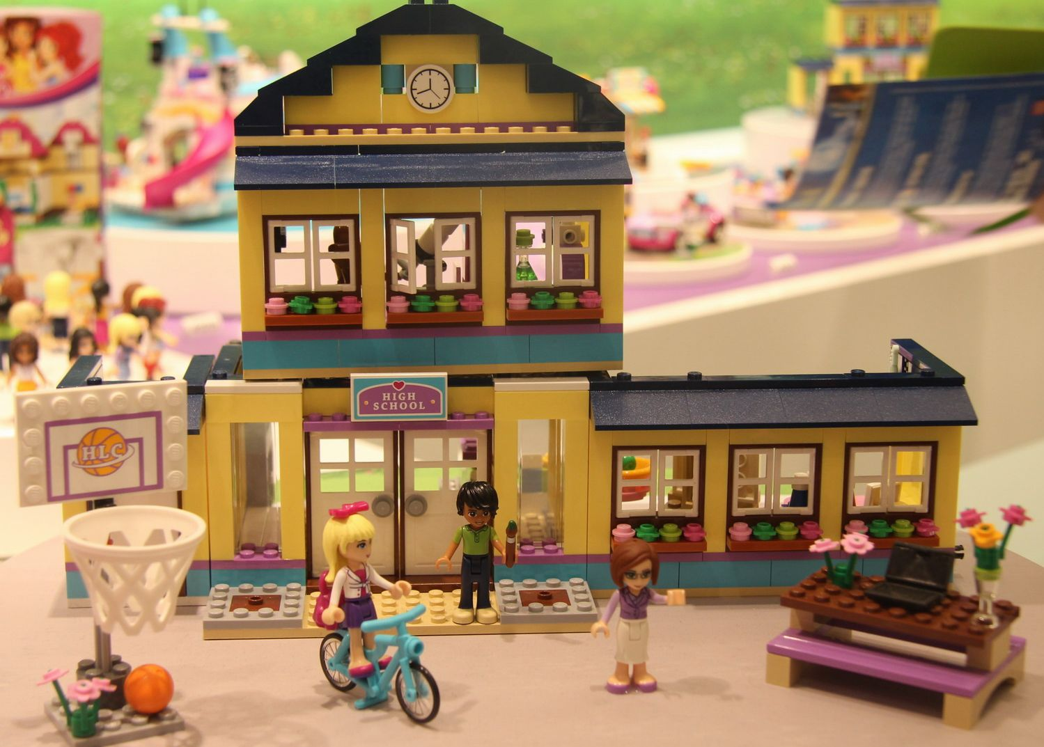 lego friends heartlake high - photo #11
