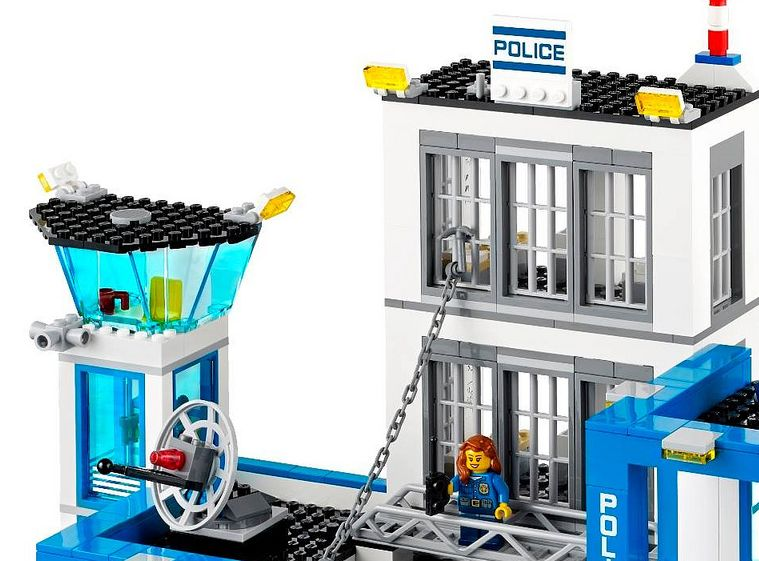 Lego 60047 Police Station city 2 Lego 60047   Police Station