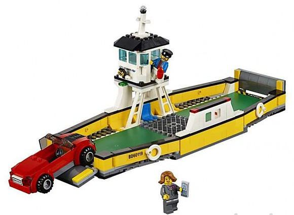 Lego-60119-Ferry-city-1