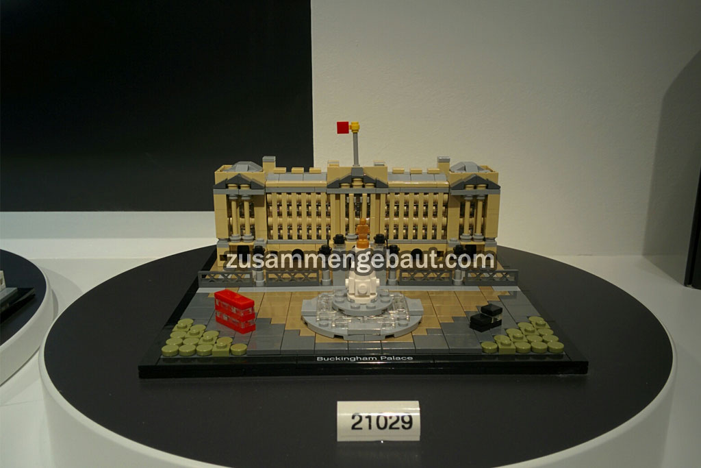 lego-21029-buckingham -palace-architecture