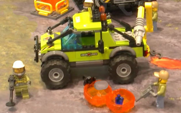 Lego-60121-city-Volcano-Research-Truck-1-