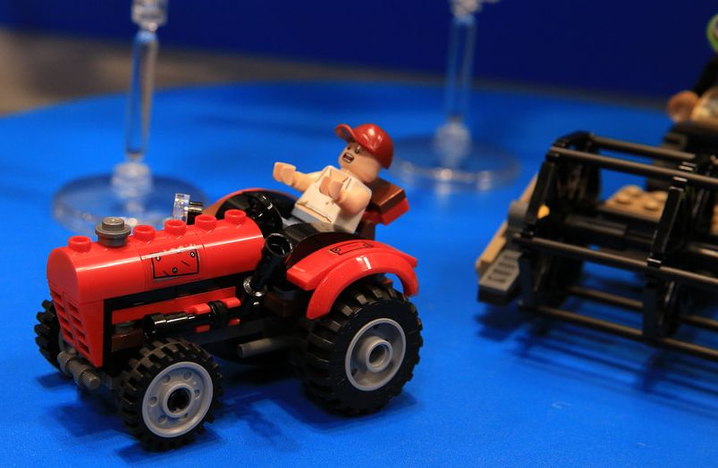 Lego-76054-Batman-Scarecrow-Harvest-of-Fear-super-heroes-2