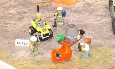 lego-60120-city-volcano-starter-set-1
