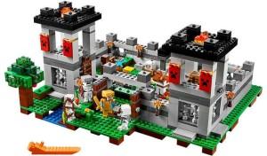 lego-21127-fortress-minecraft-2