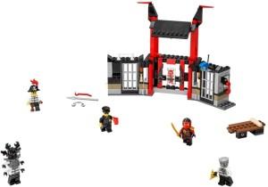 lego-75091-ninjago-Kryptarium-Prison-Breakout-2