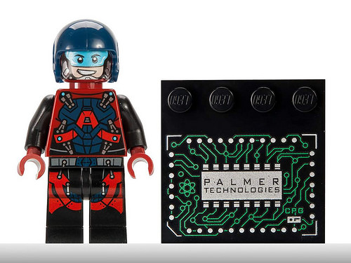 Atom-Ray-Palmer-lego-SDCC