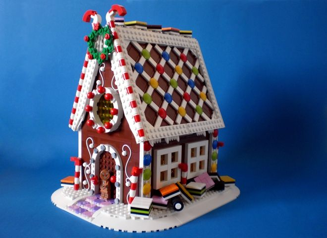 Lego-Ideas-Gingerbread-House