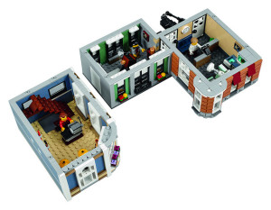 lego-10255-the-assembly-square-modular-building-3