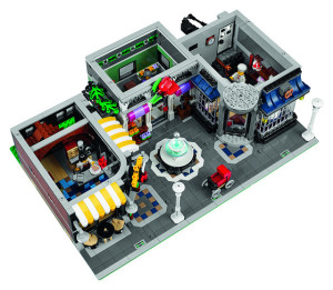 lego-10255-the-assembly-square-modular-building-4
