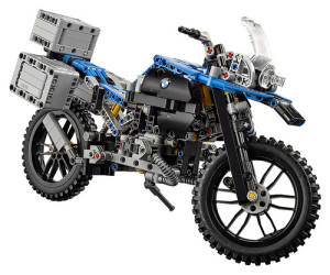 lego-technic-42063-bmw-r-1200-gs-1