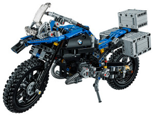 lego-technic-42063-bmw-r-1200-gs-2