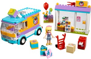 lego-41310-heartlake-gift-delivery-friends-2