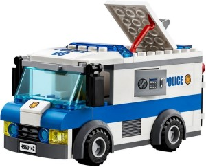 lego-60142-money-transporter-police-2